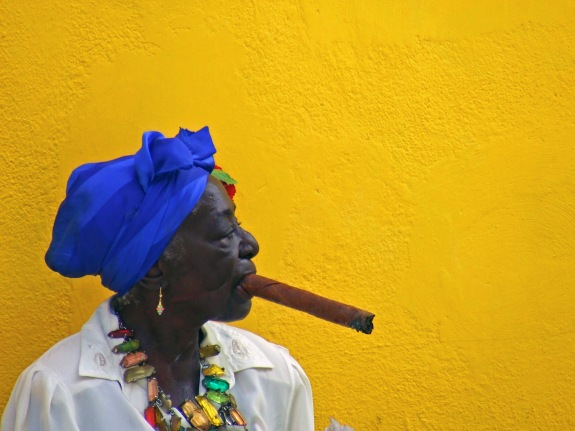 winning photo of havana women